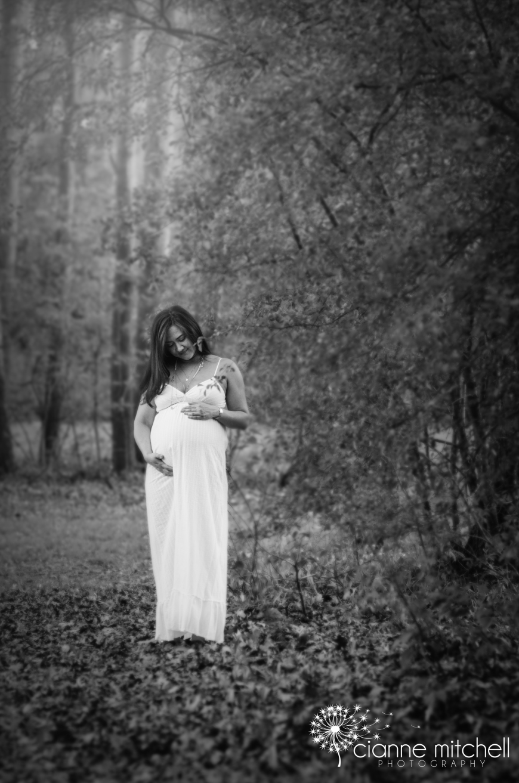 Modern Maternity Photographer